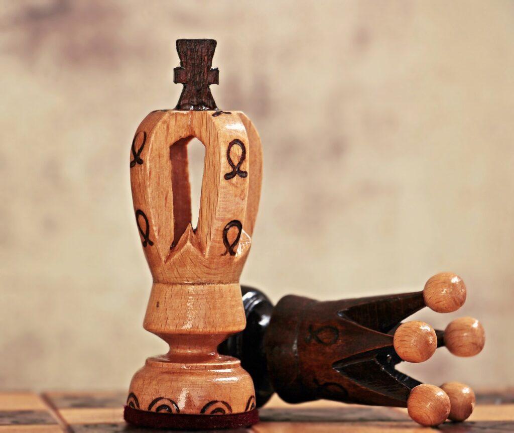 chess, lady, king-3894257.jpg